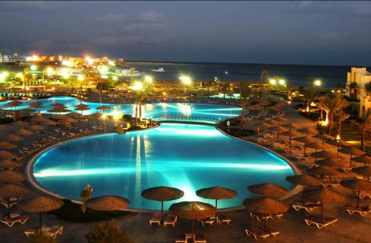 transfer from Hurghada airport to Makade